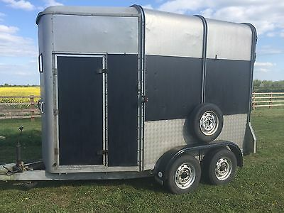 Ifor Williams HB505R Black & Silver Horse Trailer