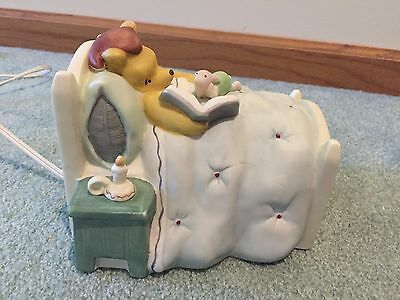 Classic Disney Winnie The Pooh & Piglet Bed Table Night Light Ceramic Charpente