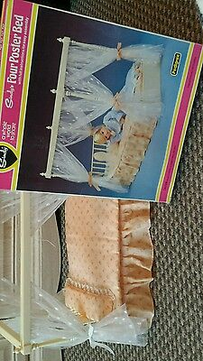 Sindy four poster bed in orginal box.boxed.