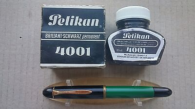 Vintage Pelikan 120 fountain pen Grass Green & Black F nib with ink