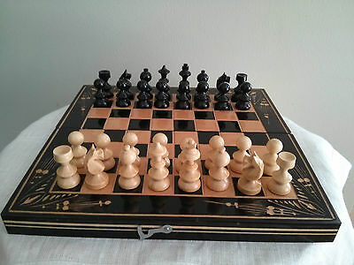 "Vintage 8.5"" wooden chess set, chess / backgammon board"