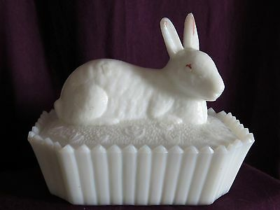 Vintage White Milk Glass Covered Dish Easter Bunny Picket Fence