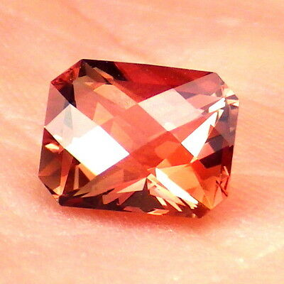 RED SCHILLER OREGON SUNSTONE 1.68Ct FLAWLESS-FROM PANA MINE-FOR TOP JEWELRY!