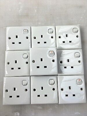 Clipsal Single Switched Socket 13A Mains E15 White (10)