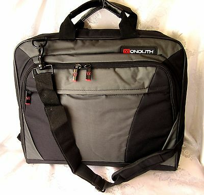 Business Travel Notebook Laptop Messenger Carrying Case Bag protective compart.