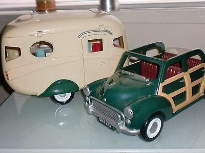 Sylvanian Families Green Car and Caravan with Tow bar