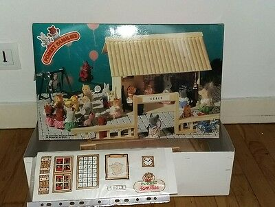 NEUF boite ecole bois Forest families family sylvanian Maple Town petits malins