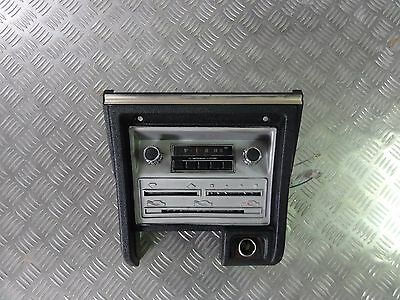Mitsubishi Colt Galant A II Custom L - Car Radio AM Central Console