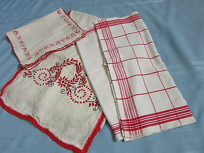 Vintage Linens - Lot of 5 Pcs. Dish towels and Runners