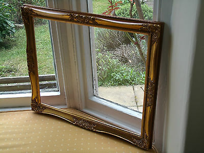 "ANTIQUE FRENCH STYLE GILT PICTURE FRAME 20""x16"" (AT6)"