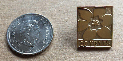 """Girl Guides or Scouts Canada """"20 Years"""" - Gold Tone Lapel or Hat Pin Great Pin"""