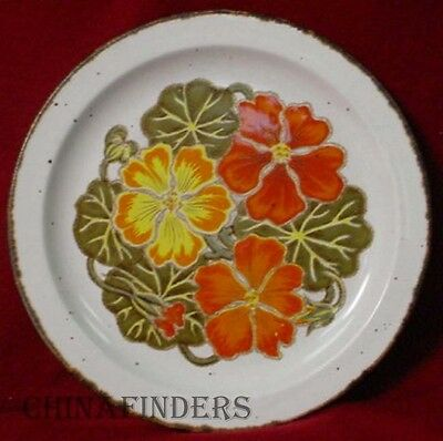 MIDWINTER (Wedgwood) pottery NASTURTIUM pattern Dinner Plate - 10-1/2""