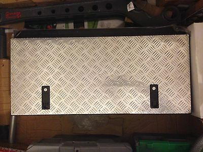 Land Rover Defender Security storage box with 2 locks