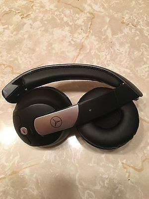 OEM Mercedes Benz AKG Wireless Headphones for Entertainment System / DVD Players