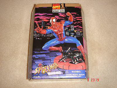 spider-man snap together model kit level 1 by Toy-biz sealed new