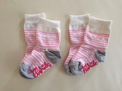 2 Pack, SALE NEW Bonds Stay On GRIP SOLE CREW Socks, Baby Girls, Size 1-2