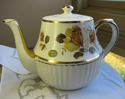 ARTHUR WOOD CHINA TEAPOT Yellow Roses ENGLAND Stickered Vintage