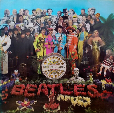 THE BEATLES SGT PEPPER'S LONELY HEARTS CLUB BAND. 1967 1st ISSUE.  PMC7027