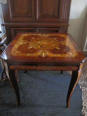 Tables Furniture Kitchen  Home Collectibles Items - Pic