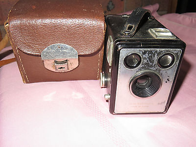 Vintage English Kodak Six-20 Box Brownie C Camera in original leaqther case