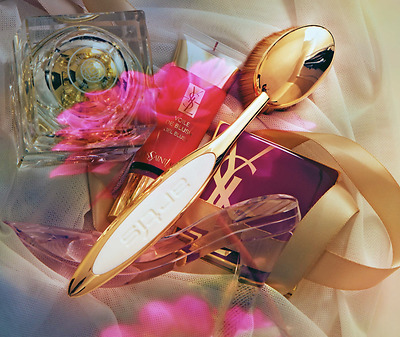 Artis Rare Limited Edition Royal Gold Luxury Oval Brushes Set...100% Authentic!