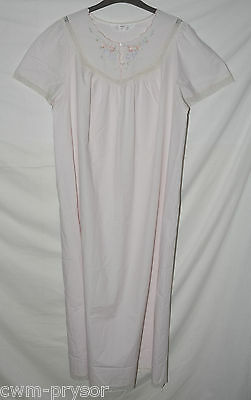 Vintage St Michael Pale Pink Embroidered Long Nightie / Nightdress Size 16 / 18