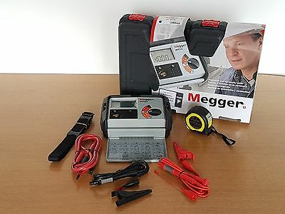 Megger MIT320 Insulation & Continuity Tester