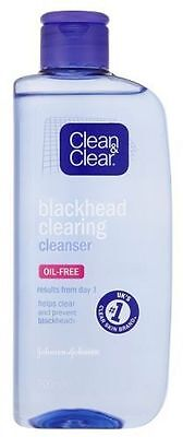 Clean and Clear Blackhead Clearing Cleanser Oil Free - 200ml