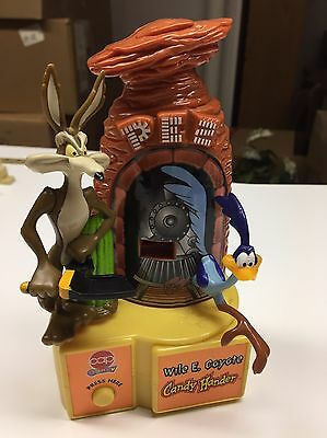Wile E. Coyote Road Runner PEZ 1998 Dispenser Candy Hander Looney Tunes NM Works