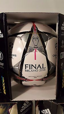 UEFA Champions League Mini Ball Replica Final Milan 2016 Real Madrid ball size 1