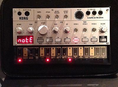 korg volca bass. (Plus udg case and power cable)