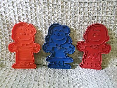 lot of 3 Vintage Peanuts Cookie Cutters - Charlie Brown Lucy & Linus --