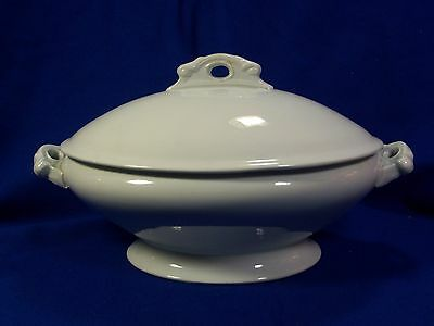 Alfred Meakin white English ironstone casserole dish with lid