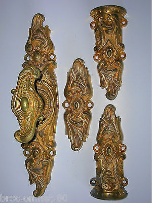 ancienne cremone bronze poignee porte fenetre deco architecture chateau FT