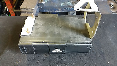 Jaguar X-Type 2002-06 Boot 6 Cd Changer With Cartridge And Mounting Bracket