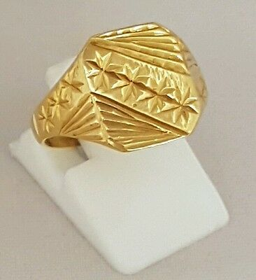 (1) Beautiful 22Ct  Solid Gold Indian Asian Signet Ring
