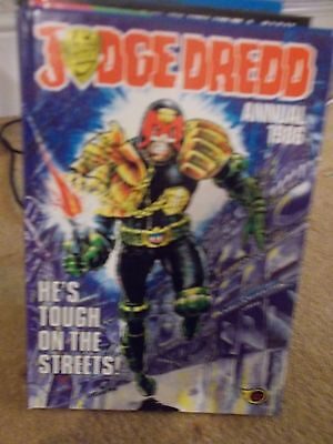 2000Ad 1986 Annual-Judge Dredd Retro Vintage Comic