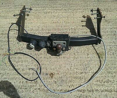 heavy-duty mk5 Ford Transit tow bar complete with wiring and bolts