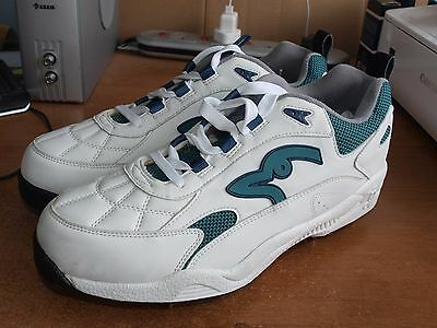 Kookaburra Mens Cricket Boots / Spikes / Shoes...size 11.5...new, Never Worn