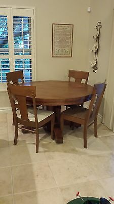 Antique Craftsman Pedestal Quarter Sawn Tiger Wood Oak Dining Table and 4 Chairs