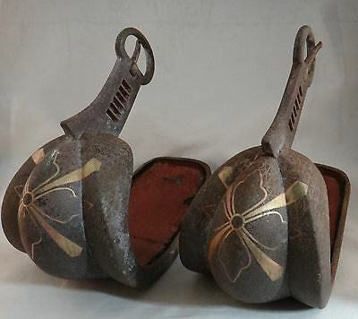 Pr. Antique Japanese Iron Abumi, or Horse stirrups. Copper inlays, c. 17th/ 18th