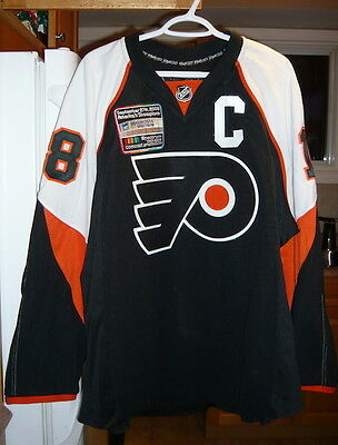 Philadelphia Flyers Mike Richards Game Worn Jersey-Last Game Played At Spectrum