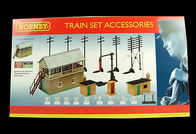 HORNBY Signal Box + Trackside Accessories - Model Trains OO/HO R8202L