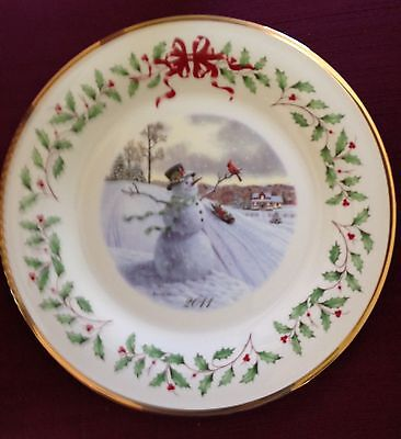 Lenox Holiday Collector Plate 2011 Snowman