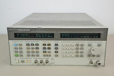 Hewlett Packard HP 8643A Synthesized Signal Generator 0.26-1030 Hz (C)
