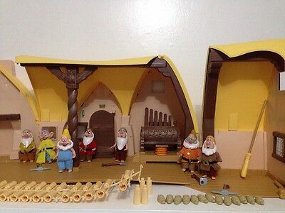 Snow White Seven Dwarves House Simba 7 Dolls Playset Large