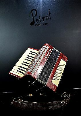 Rare Russian OLD/USED//Vintage Accordion 60 bass+HARD CASE~VERY GOOD CONDITION!