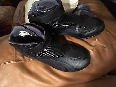 Mens Puma size 11 Motorcycle Boot