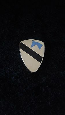 US Army 1st Cavalry Division Hat Badge Crest Insignia Pin Clutch Back BLUE