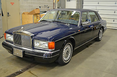 Rolls-Royce: Silver Spirit/Spur/Dawn Silver Spur Two-tone paint, immaculate condition